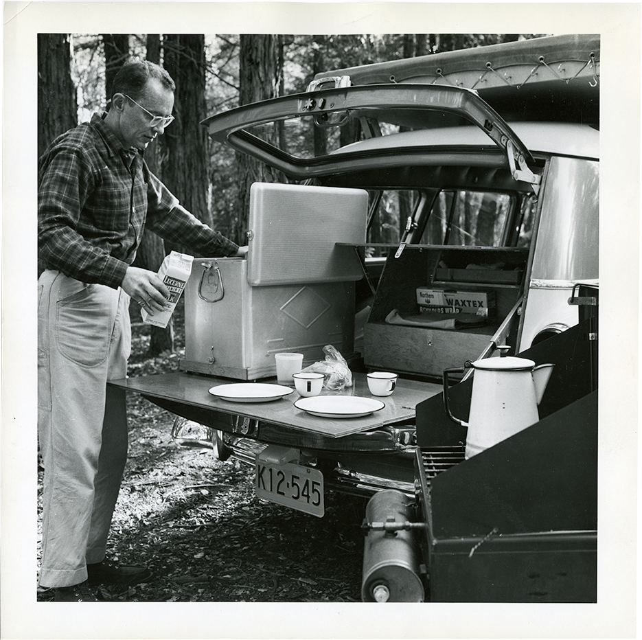 Photo of the car kitchen, January 1958.