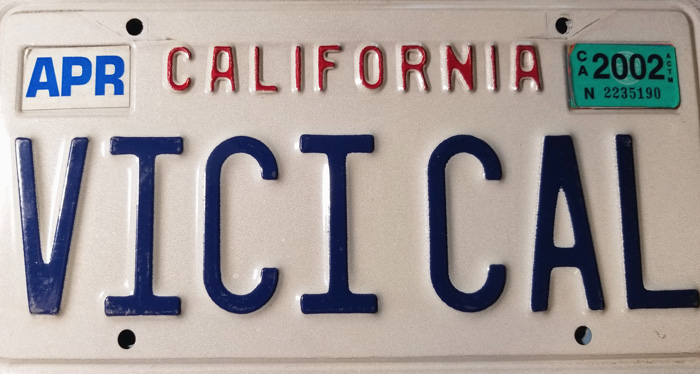 Silhouette of California license plate with the phrase VICICAL