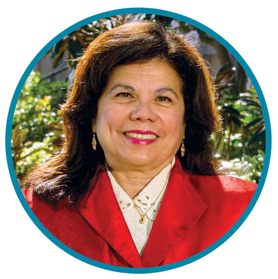 Portrait headshot of Yvonne Maldonado.