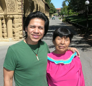 Photo of Miguel Hilario with his mother, Zoila Escobar at Stanford in 2008.