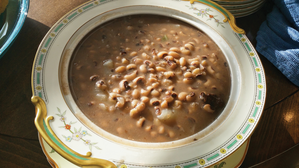 Bowl of black-eyed peas