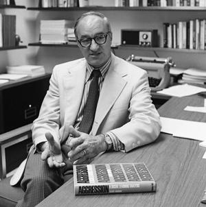 Photo of Albert Bandura in his office