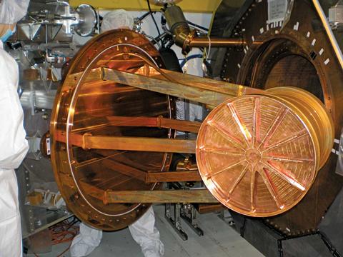Neutrinos-device